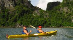 2.3 Halong Bay kayaking