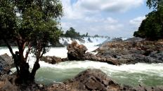 Konpapeng-waterfalls-Laos